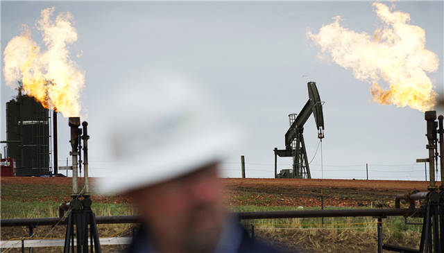 North Dakota oil industry shows signs of a rebound - image