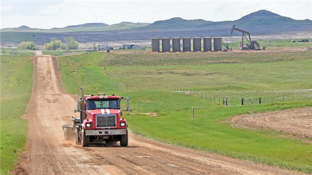 ND oilfields set three new state records